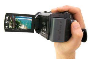 handcam-ronmidia-300x193 Porque produzir vídeos é tão eficaz para seu negócio físico ou digital ?